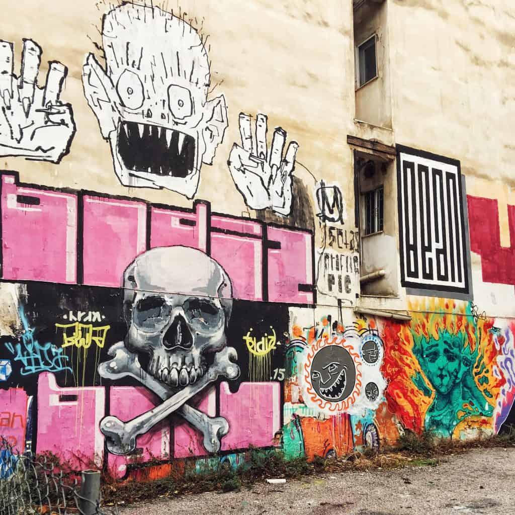 Grafitti and murals in Monastiraki