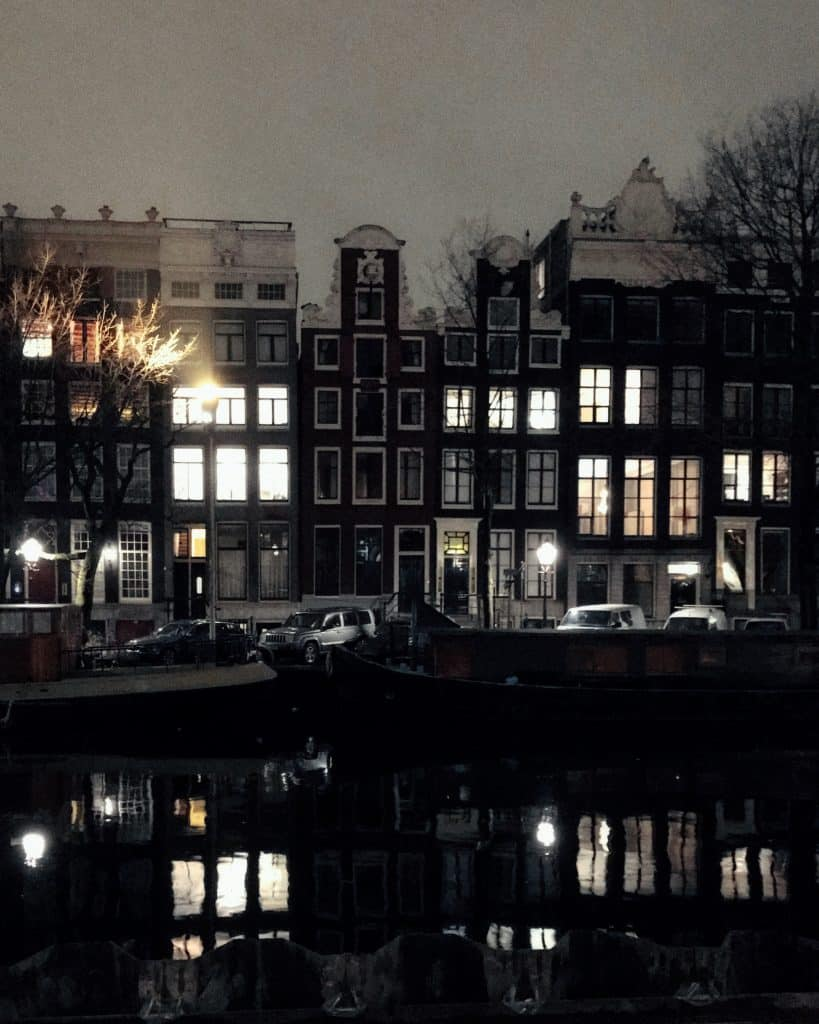 The canals at night