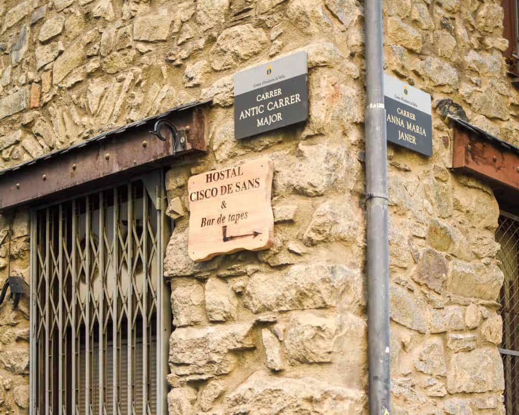 Andorra - Andorra La Vella - Hostel Sign