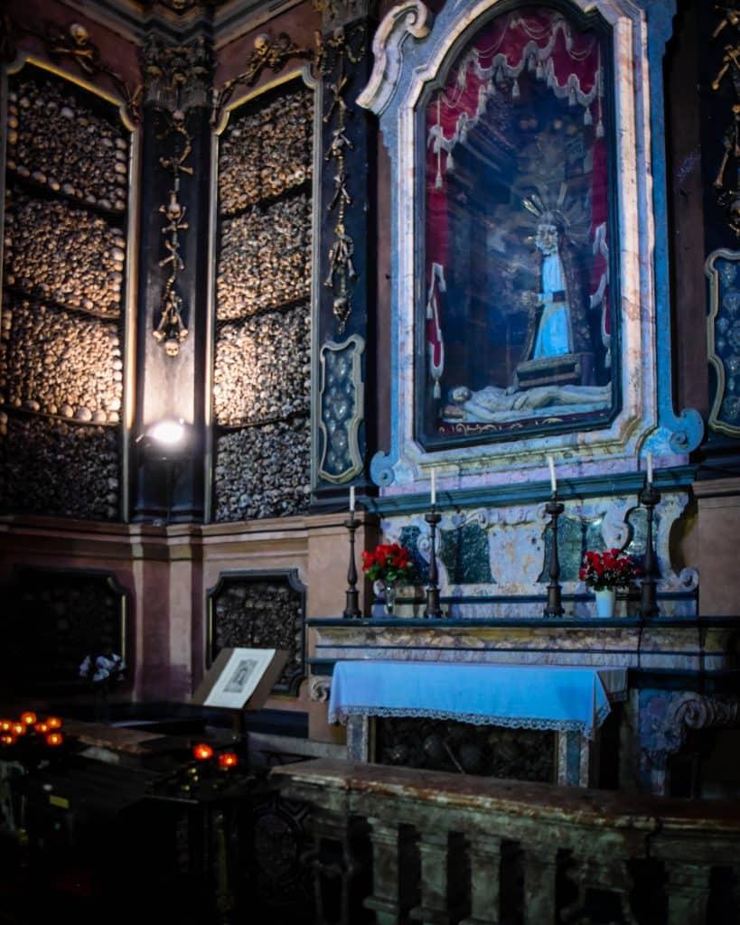 The Altar San Bernardino alle Ossa