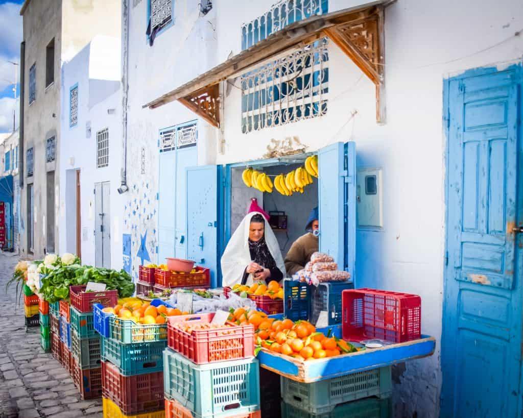Doing the shopping in the Medina Kairouan - Photographs of Tunisia Historical Sites