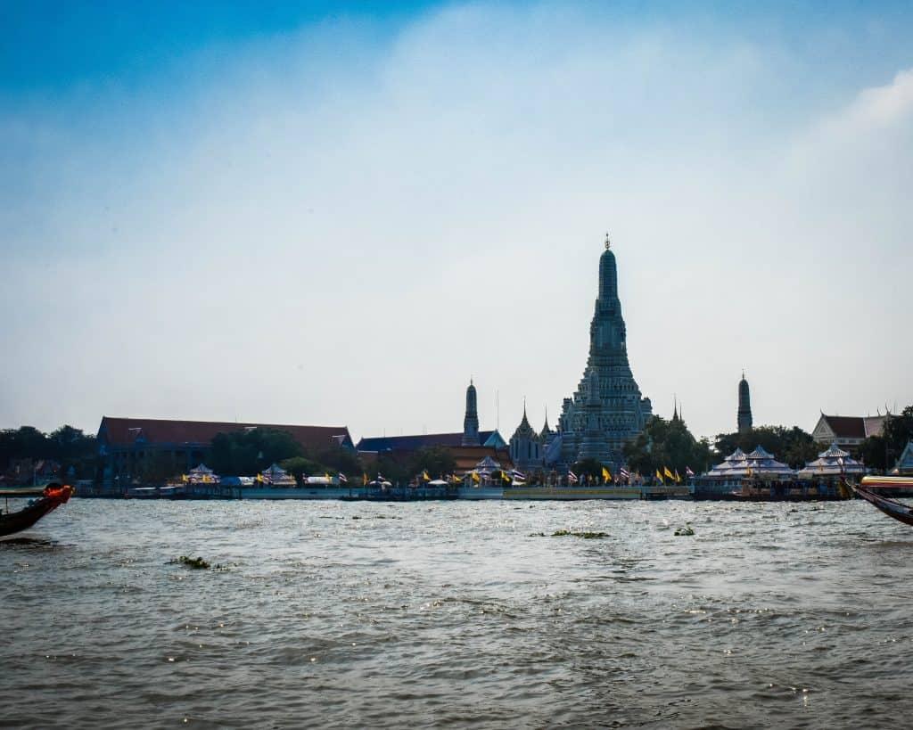 Wat Arun (the Temple of the Dawn)