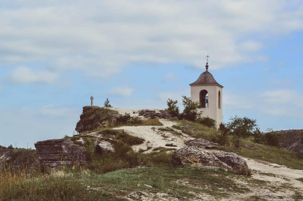 Moldova - Orhei - Pixabay monks-2804497_1920