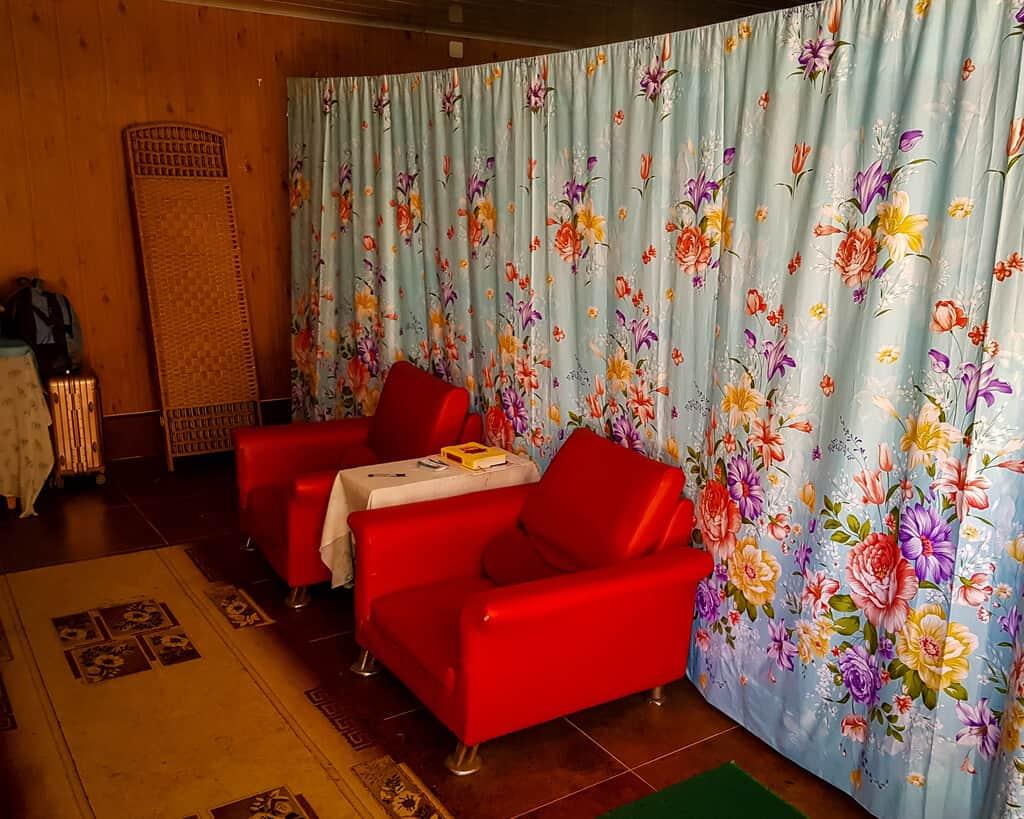 The waiting area of Igla Massage