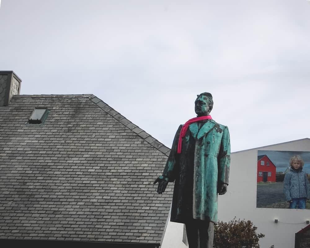 Iceland - Reykjavik - Statue