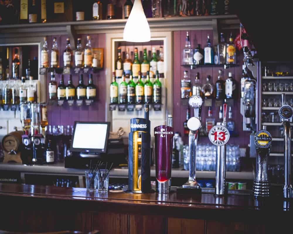 Ireland - Dingle - Pub