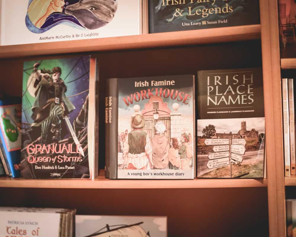 Ireland - Dingle - Bookstore