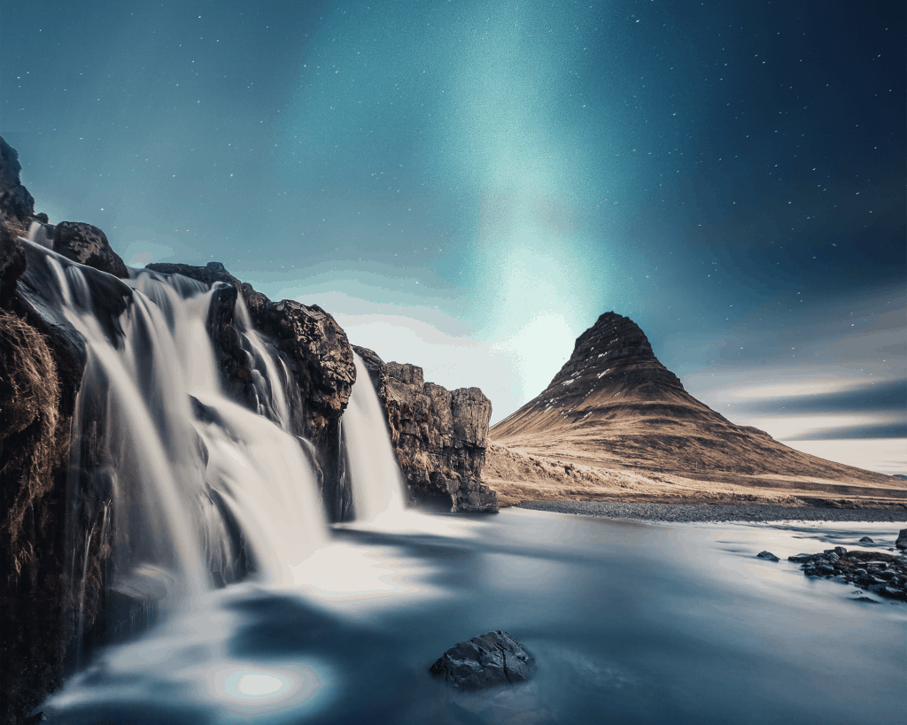 Iceland - Northern Lights - Pixabay