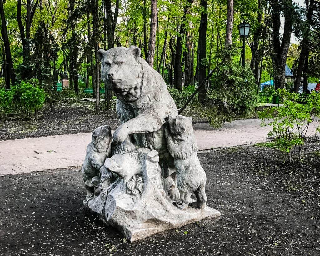 Moldova - Chisinau - Wolf Statue
