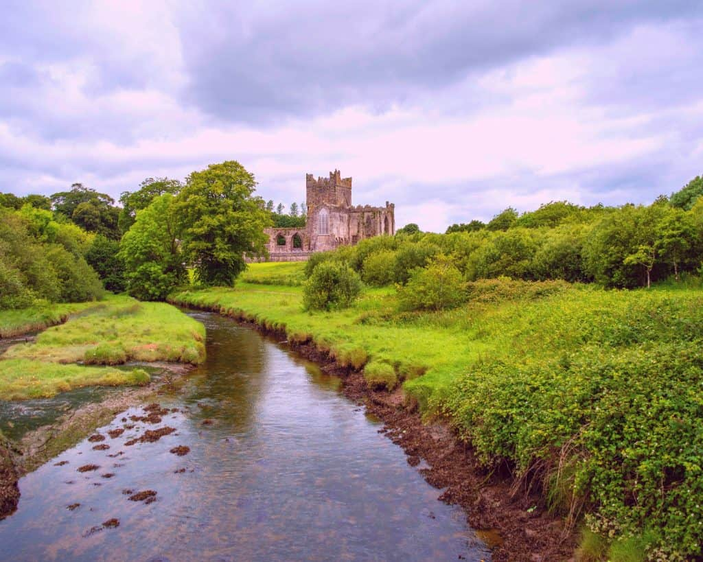 Ireland -Waterford - Tintern Abbey - Canva