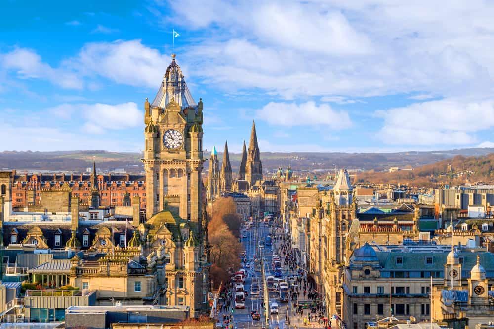 UK - Scotland - Old town Edinburgh and Edinburgh castle in Scotland UK