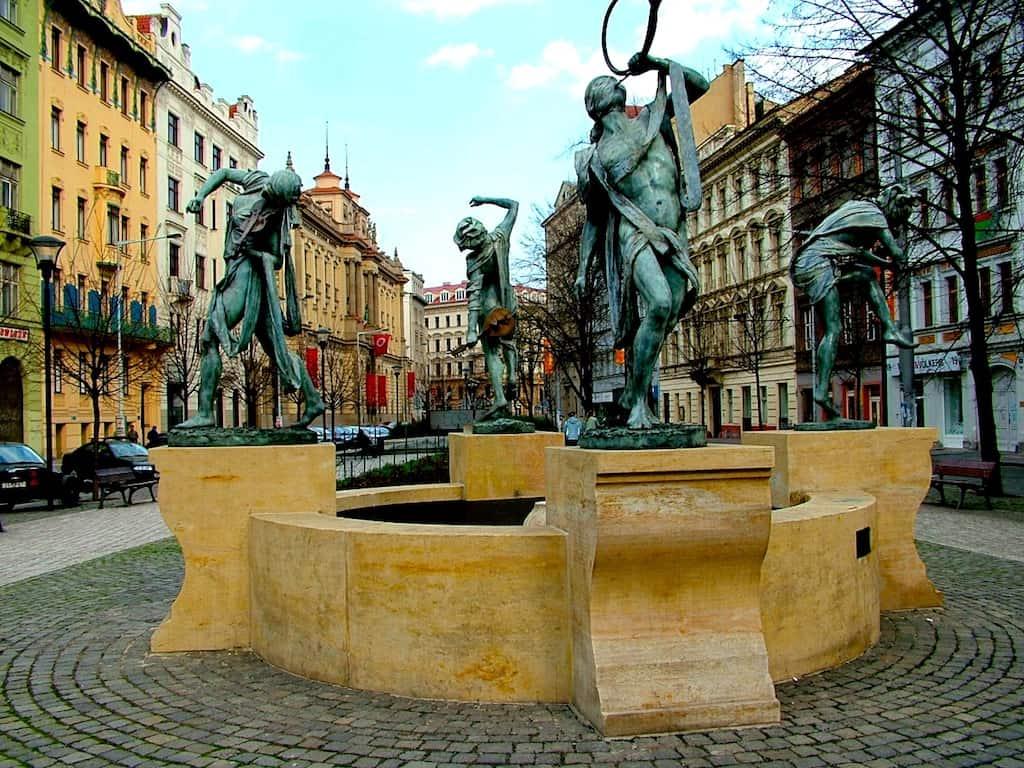 Muscians statue in Prague