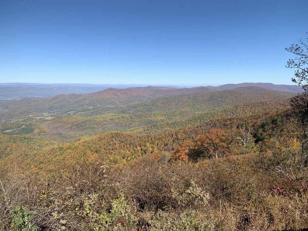 Skyline Drive overlook view by FuninFairfaxVA Scenic Drives in Virginia