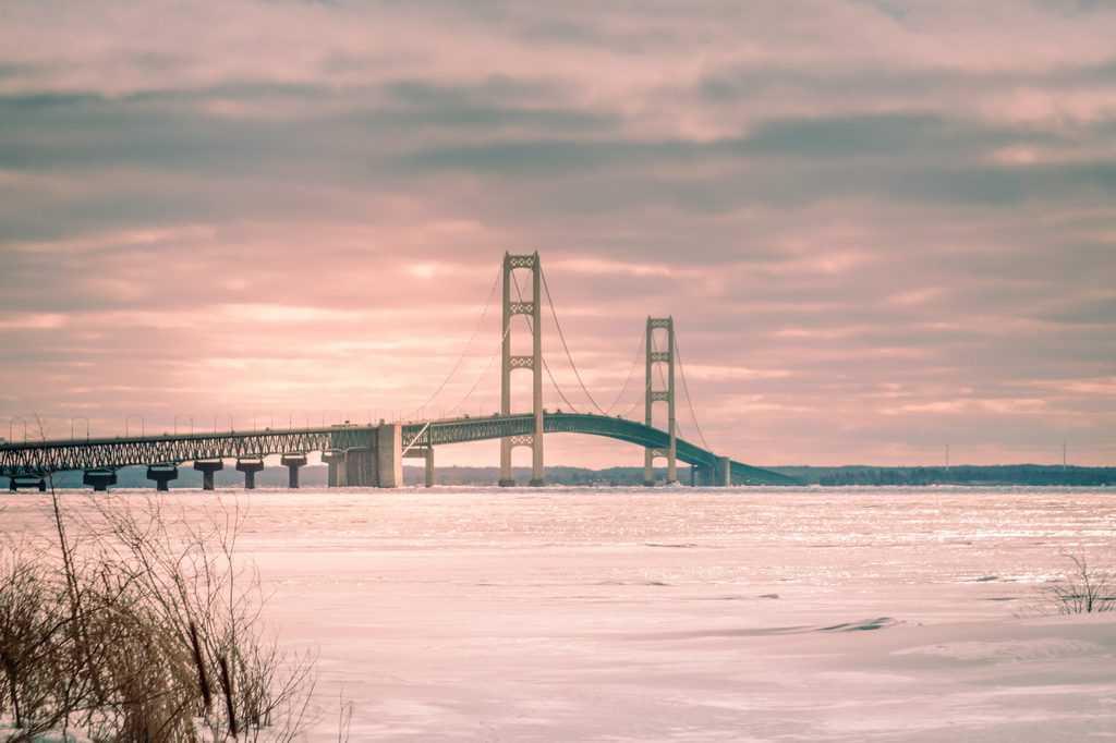 USA - Michigan - Highway 2 Mackinac Brige