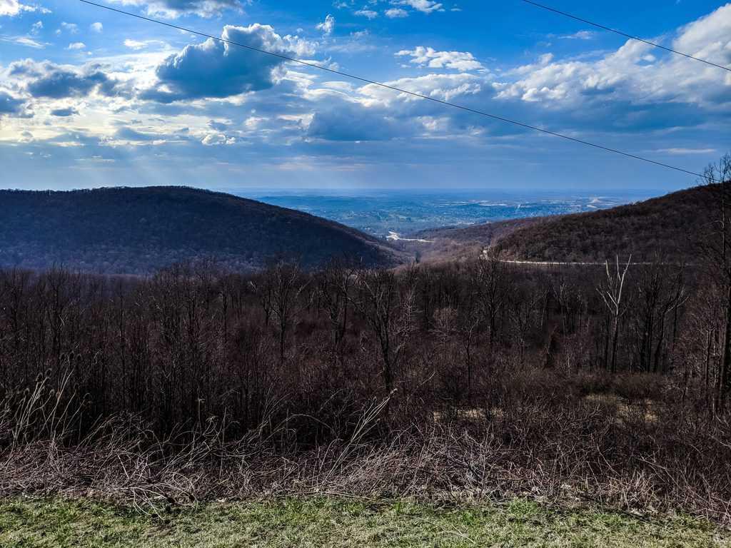 Scenic Drive in Pennsylvania National Road Overlook