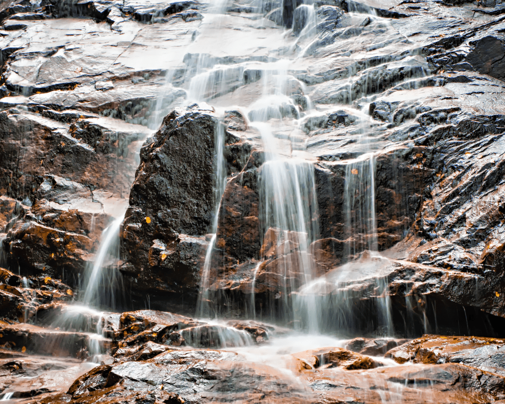 USA - New Hampshire - Arethusa Falls