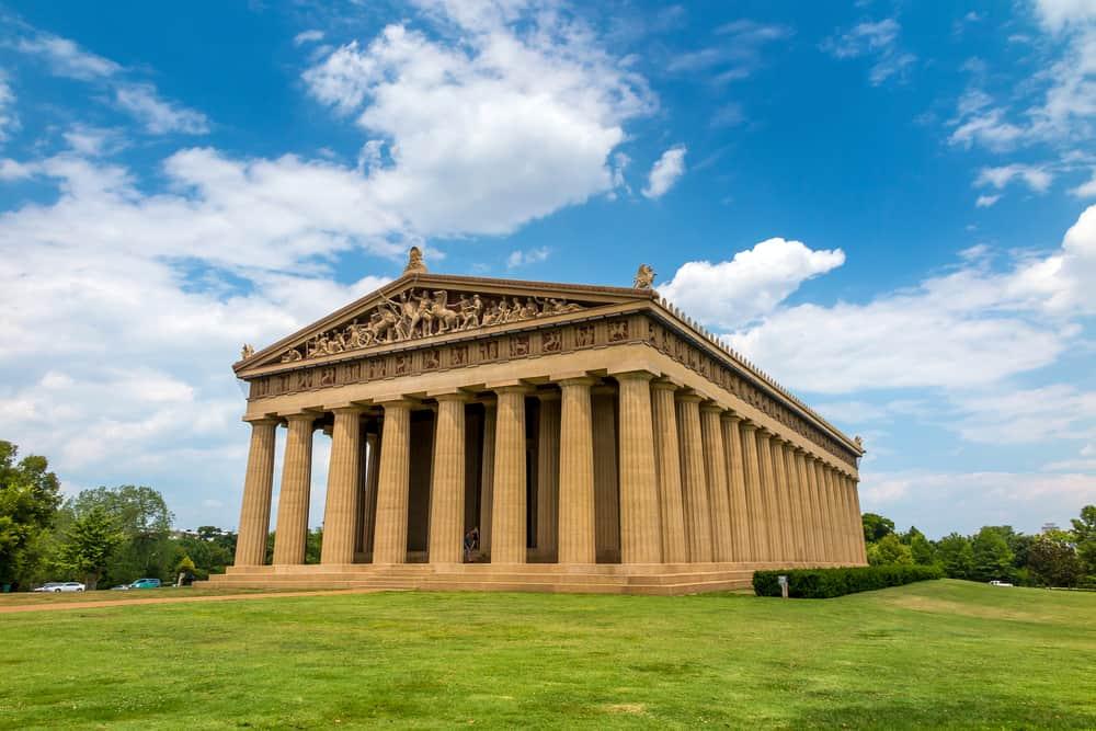 USA - Tennessee - Nashville - Parthenon Replica at Centennial Park in Nashville, Tennessee, USA.