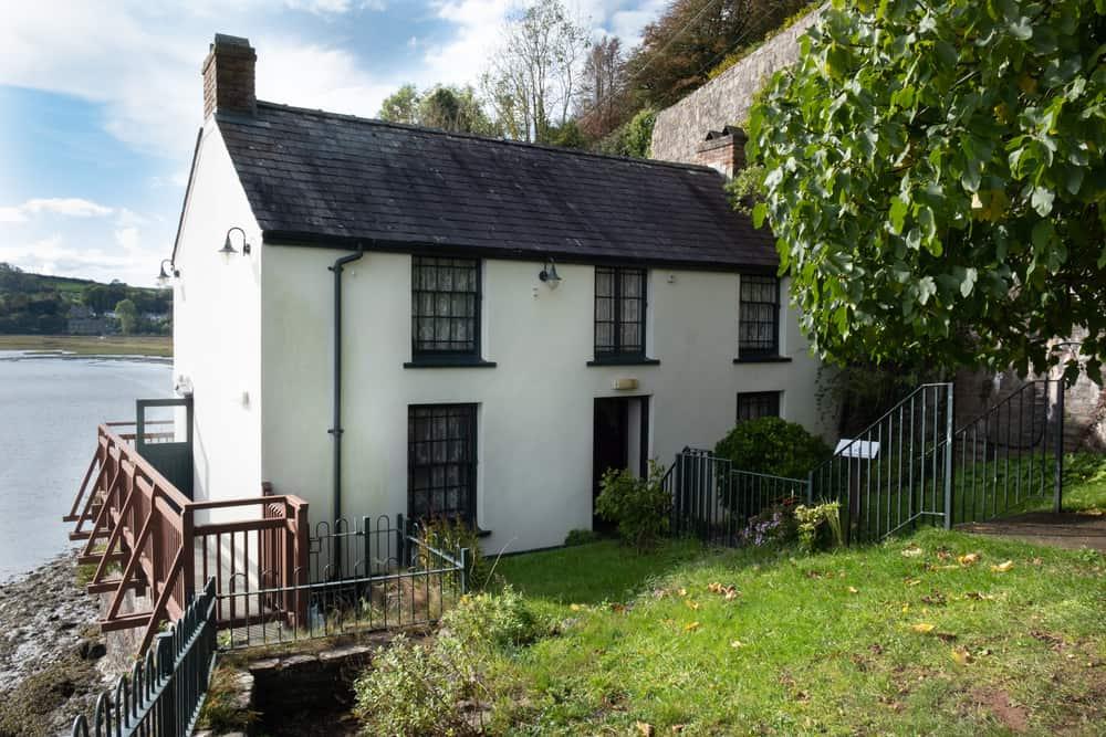 Dylan Thomas Boathouse, Laurgharne, Carmarthenshire
