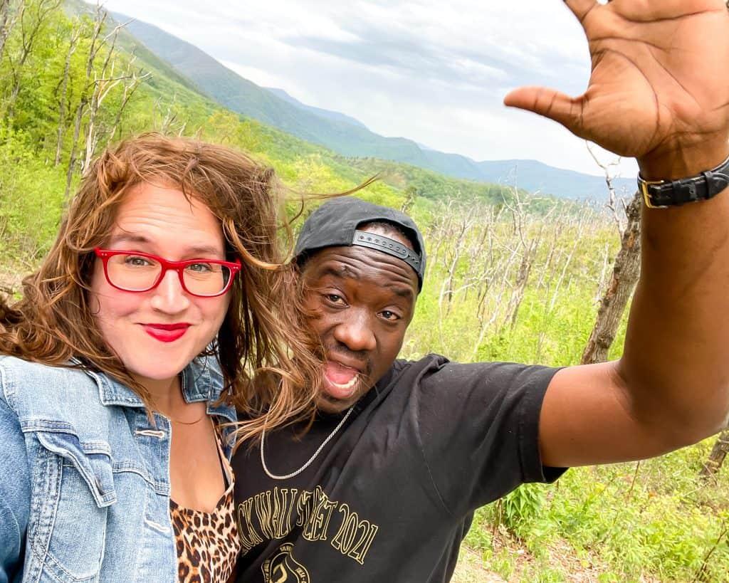 USA - Tennessee - Gatlinburg - Stephanie in Great Smokey Mountains National Park