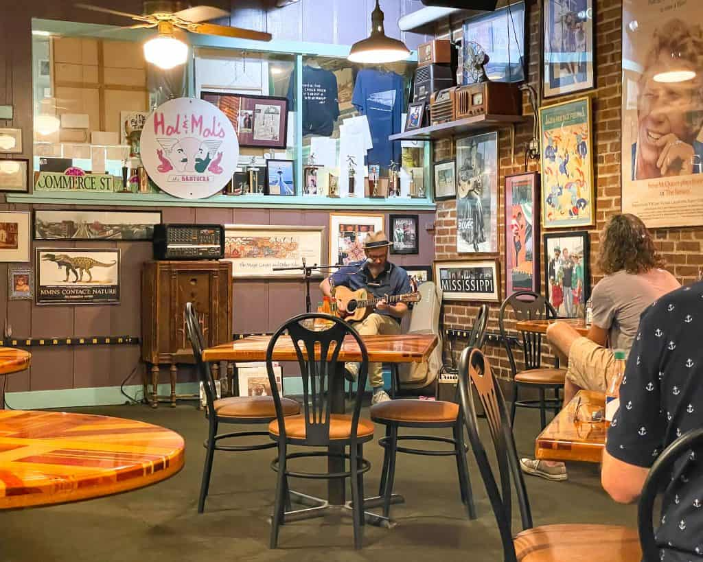 Mississippi - Jackson - Hal and Mal's - Live Music Performance