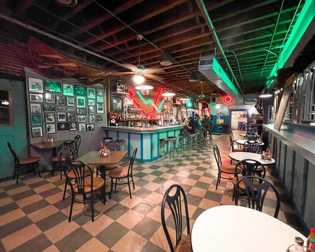 Mississippi - Jackson - Hal and Mal's - Bar