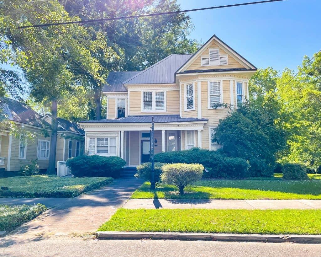 Mississippi - Jackson - Eudora Welty Birth Home on North Congress