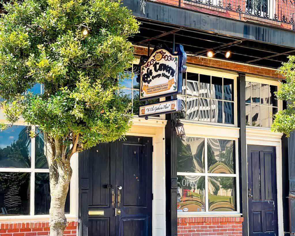 Mississippi - Jackson - Ole Tavern on George Street