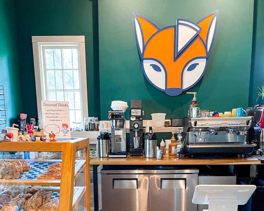 Mississippi - Jackson - Belhaven Heights - Urban Foxes
