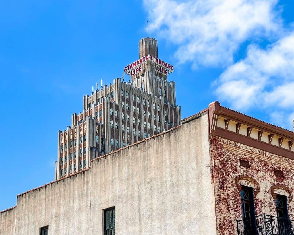 Mississippi - Jackson - Downtown Jackson - Standard Life Building / Lamar Life Building
