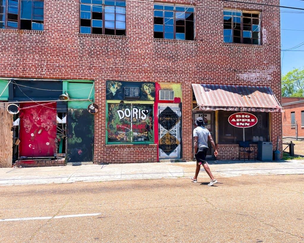 Mississippi - Jackson - Farrish Street Historic District - Big Apple Inn - Valentine