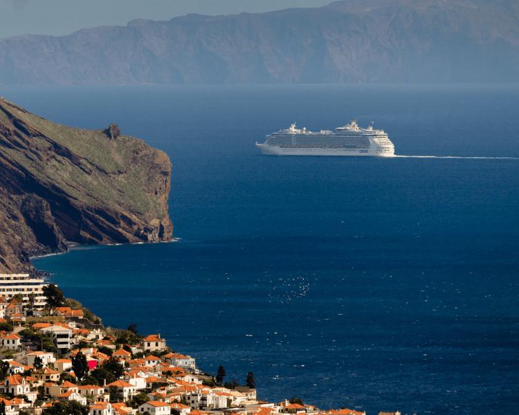 Portugal - Madeira - Cruise Ship