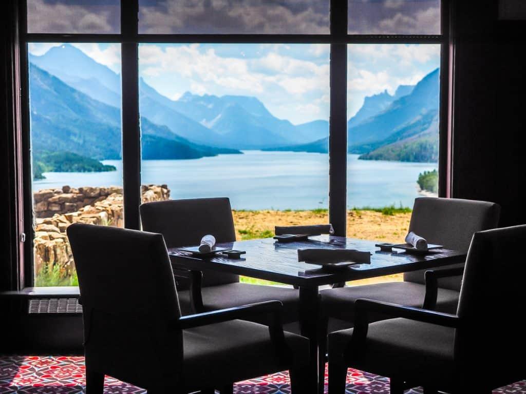 Candada - Alberta - Waterton Lakes National Park - Prince of Wales Hotel Afternoon Tea
