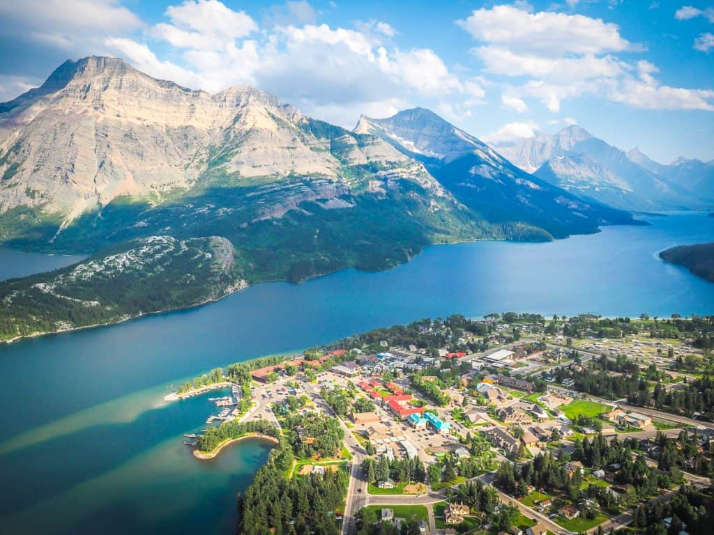 Candada - Alberta - Waterton Lakes National Park - Bears Hump View
