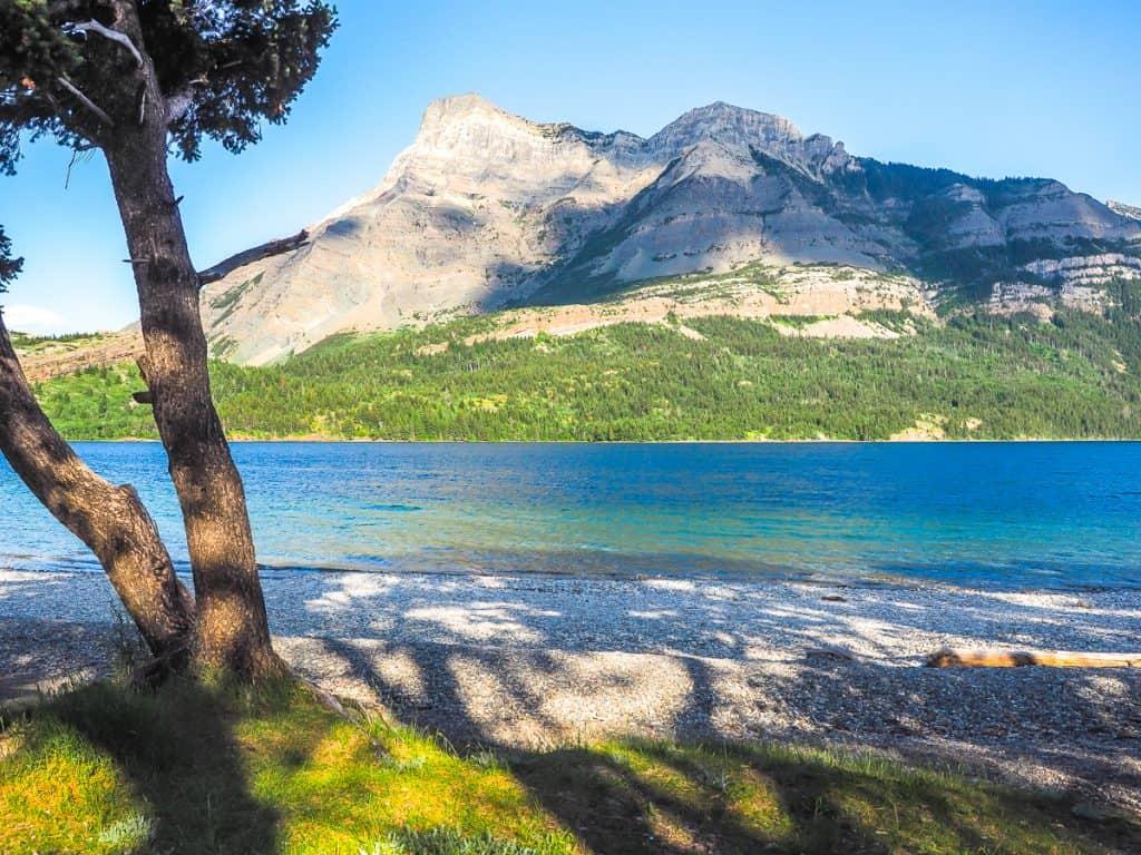 Candada - Alberta - Waterton Lakes National Park - Waterton Beach
