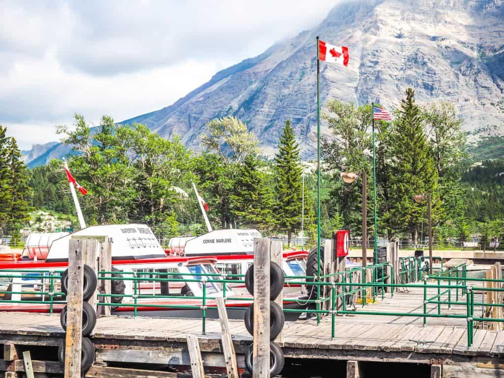 Candada - Alberta - Waterton Lakes National Park - Waterton Shoreline Cruise