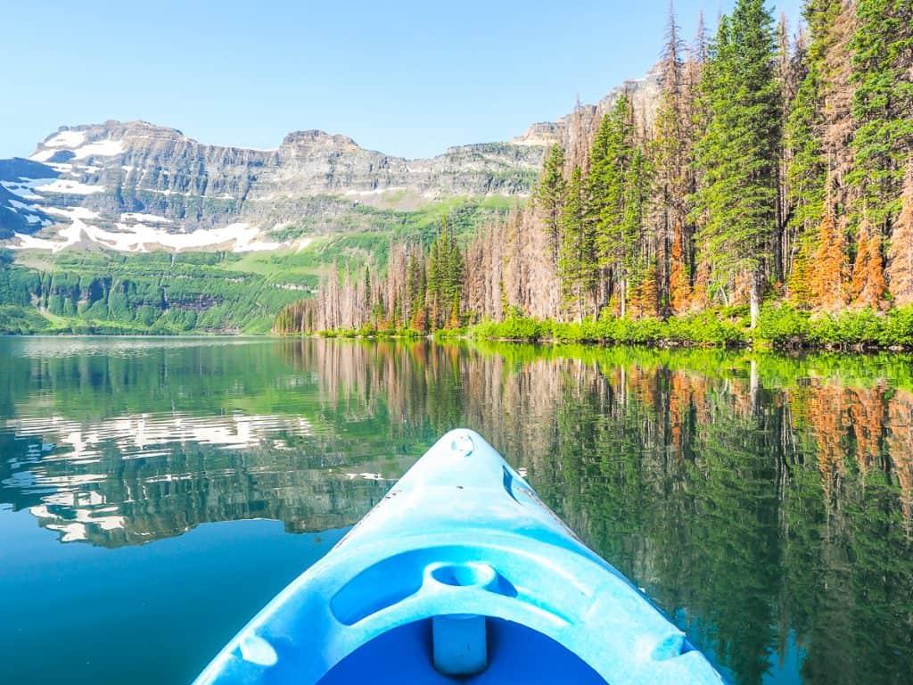 Candada - Alberta - Waterton Lakes National Park - Kayaking on Cameron Lake